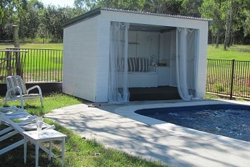 cabana 3: Backyard Ideas, Poolsid Cabanas, Pools Huts, Pools House, Backyard Oasis, Cool Pools, Outdoor Spaces, Cabanas Ideas, Pools Ideas