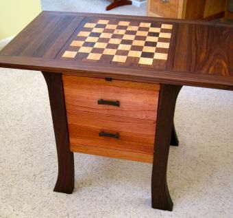 Charming Game / Chess Table