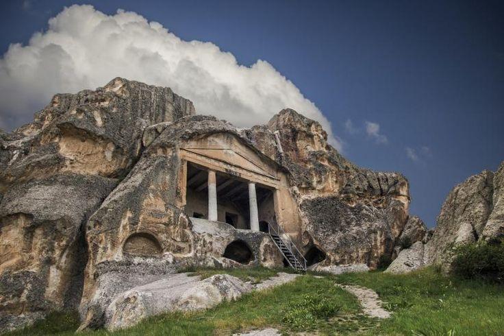 Kral Midas'ın mezarı Yazılı Kaya; Frigya Vadisi  Eskişehir, Türkiye