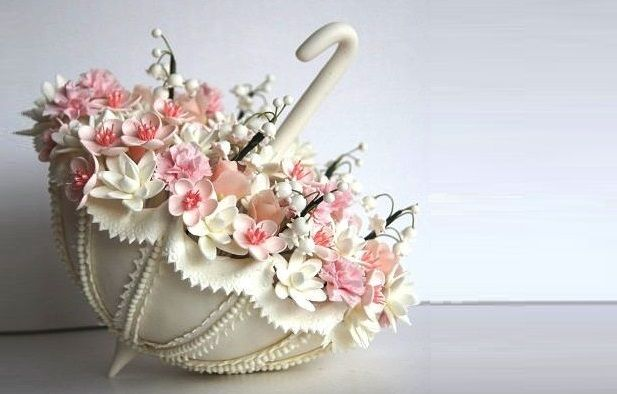 Vintage Hat Box Cake | ... vintage parasol – another delightful addition to a wedding cake or a