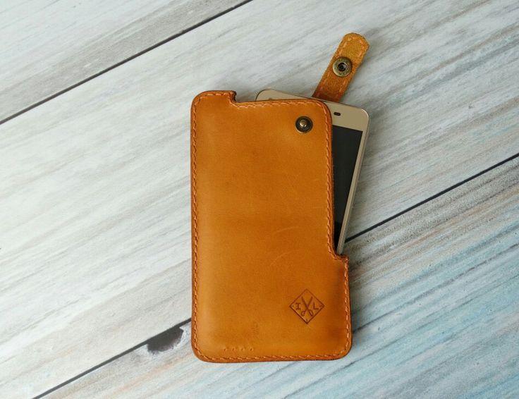 Leather phone case. Чехол для телефона. Кожаный чехол.