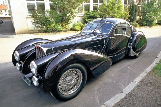 #Bugatti 57 Atlantic, Love the lines on this #car.