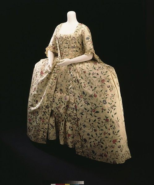 1770s_V hand-painted silk; sack-back