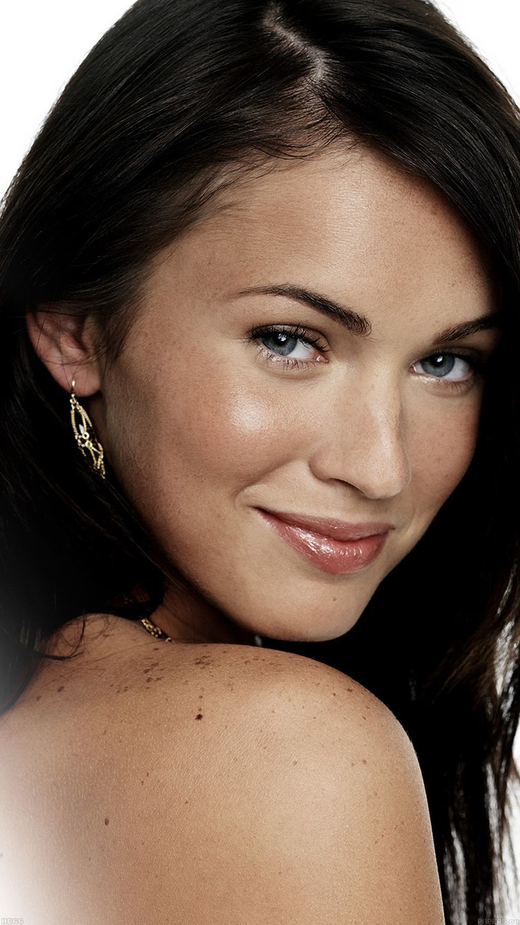 MEGAN FOX SEXY ACTRESS WALLPAPER HD IPHONE