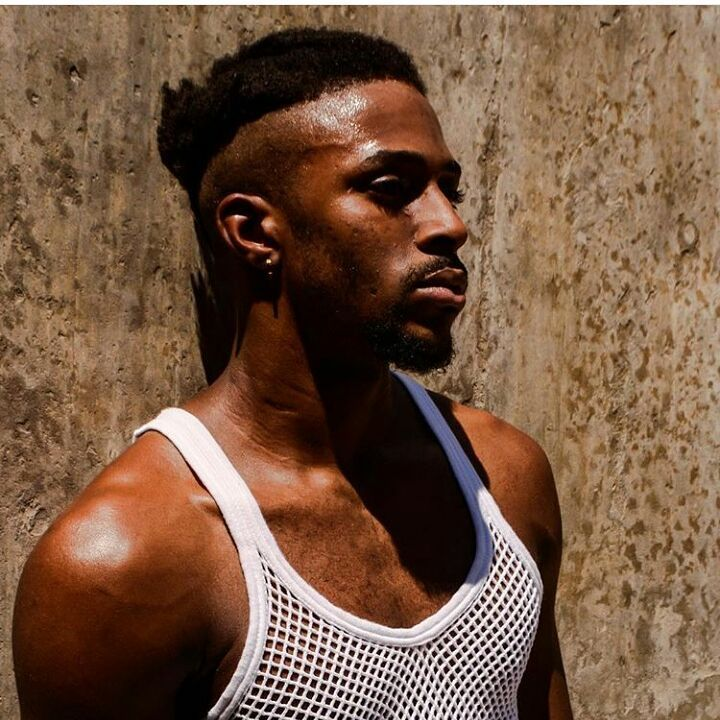 homme cheveux afro crépus naturels  – Hommes Cheveux Crépus