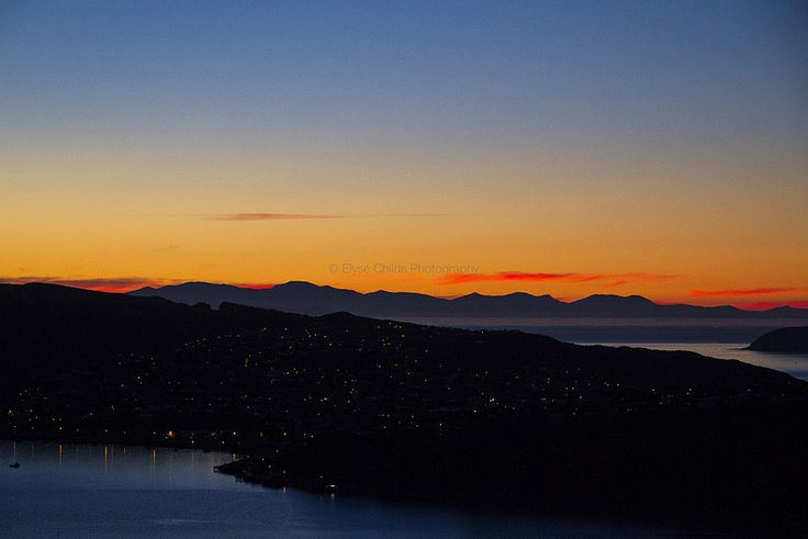 Sunset over Porirua and the South Island of New Zealand | © Elyse Childs Photography