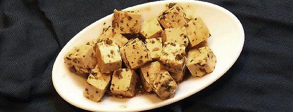 Tofuwürfel nach Feta Art