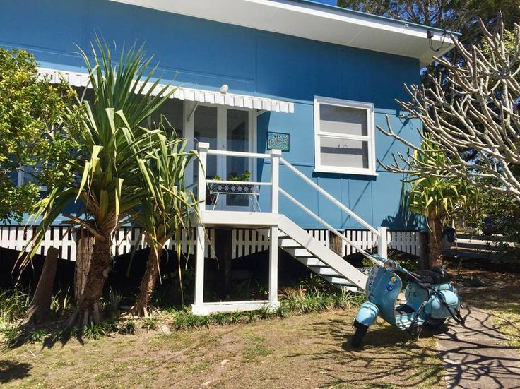 Entire home/apt in Moffat Beach, AU. One of the last remaining iconic 1960's fibro beach houses at Moffat Beach. It is filled with light and good vibes.Freshly painted inside and out and furnished in classic retro style with some modern touches.The renovated kitchen is fully equipped...