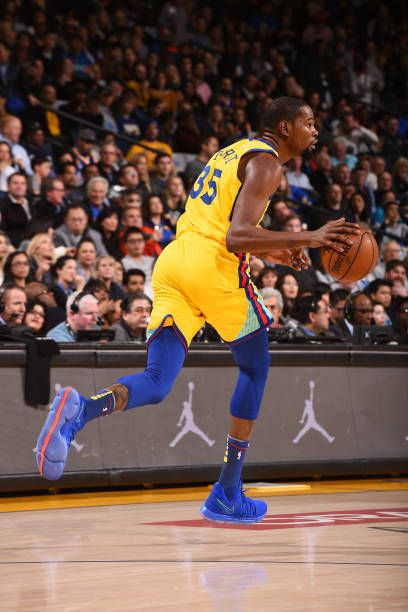 Kevin Durant of the Golden State Warriors handles the ball during the game against the Minnesota Timberwolves on January 25 2018 at ORACLE Arena in...