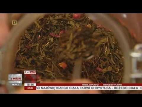 http://www.tvp.info  Herbata - uwaga - wędzona, herbata z ryżem, pobudzająca, odchudzająca, oczyszczajaca - na koniec raportu z Polski przyjrzyjmy się temu szlachetnemu napojowi. Bo ma więcej odmian i właściwości niz mogliśmy przypuszczać.