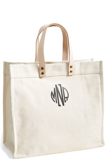 This is such a versatile tote -- lugging papers to work, running errands, a quick trip to the market, you name it. #bowsgg