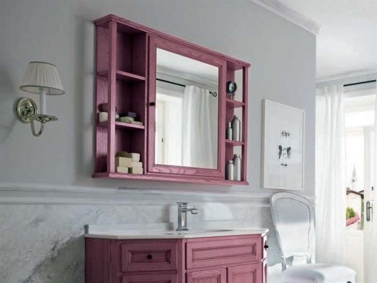 una repisa con espejo para el bao librando espacio