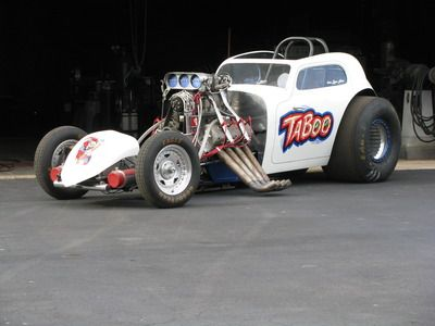 Altered Funny Car AA 1948 Fiat Blown Arias Hemi drag race