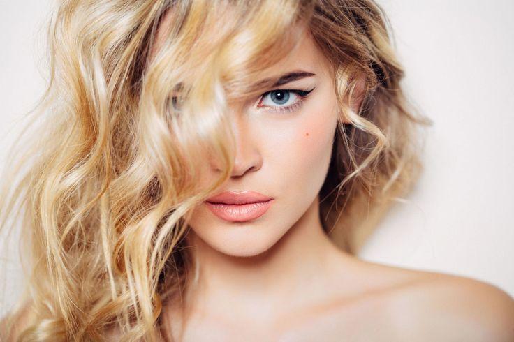 Schiarire i capelli naturalmente: 10 modi efficaci