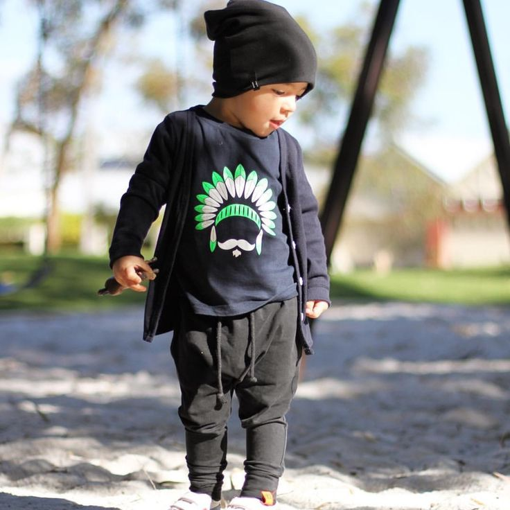 """Goodnight IG friends!! Just love this pic of petit Cooper in our popular #MÔMES """"Chief"""" design!! @cooper_hapa .. #momes#organic#ootd#madetoorder#handcrafted#kidsfashion#fashionista"""