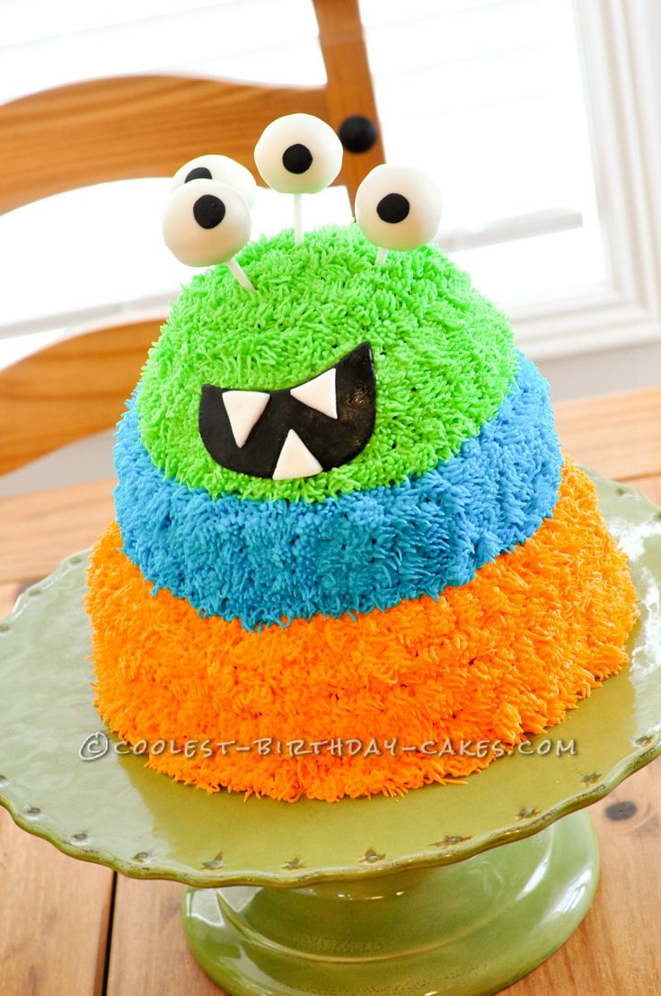 Coolest Googly Eyed Monster Cake!... This website is the Pinterest of birthday cake ideas