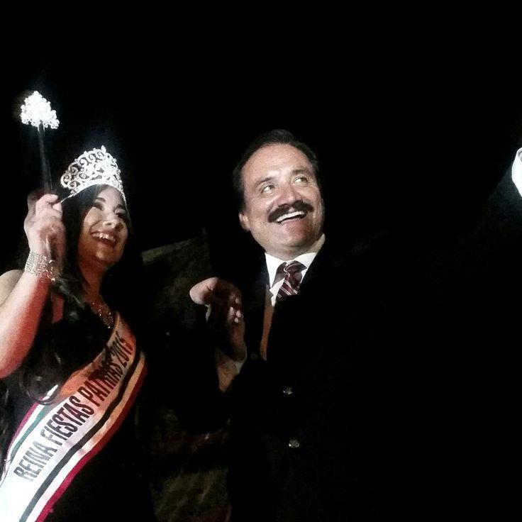 Reina de las Fiestas Patrias 2015 en Linda Vista.... Emotivo,  bello y participativo evento de miles de gentes.. Gracias por todas las atenciones inmerecidas de las fuimos objeto.  Muchas felicidades. ..  #PorZamoraSí #Michoacan #UnidosSomosMas #Morelia #Zamora #USA #EstadosUnidos #undiacomohoy #MartinSamaguey #Morena #Mexico #PT #PRD #PAN #PRI #Morena #morenazamora #undiacomohoy #PT #PRD