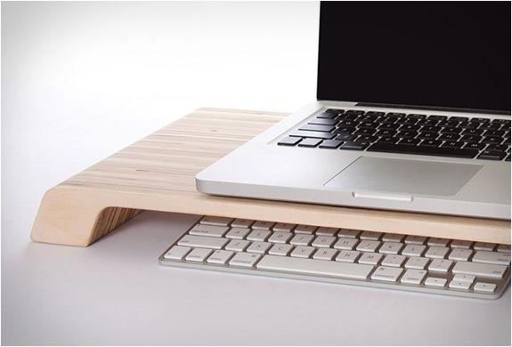 1000 ideas about minimalist desk on pinterest desk legs - Lifta desk organizer ...