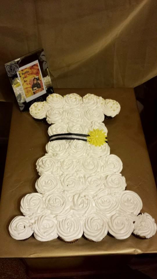 My Bridal shower cake By: ate rose