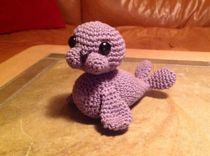 Crochet Amigurumi Seal : 258 best images about AMIGURUMI 4 on Pinterest Toys ...