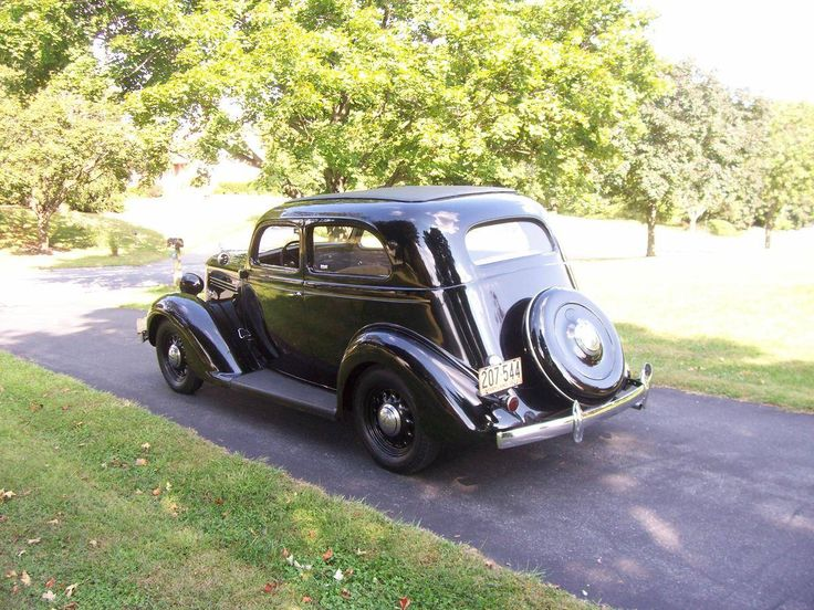 17 best images about american cars 1928 1948 depression for 1935 plymouth 2 door sedan