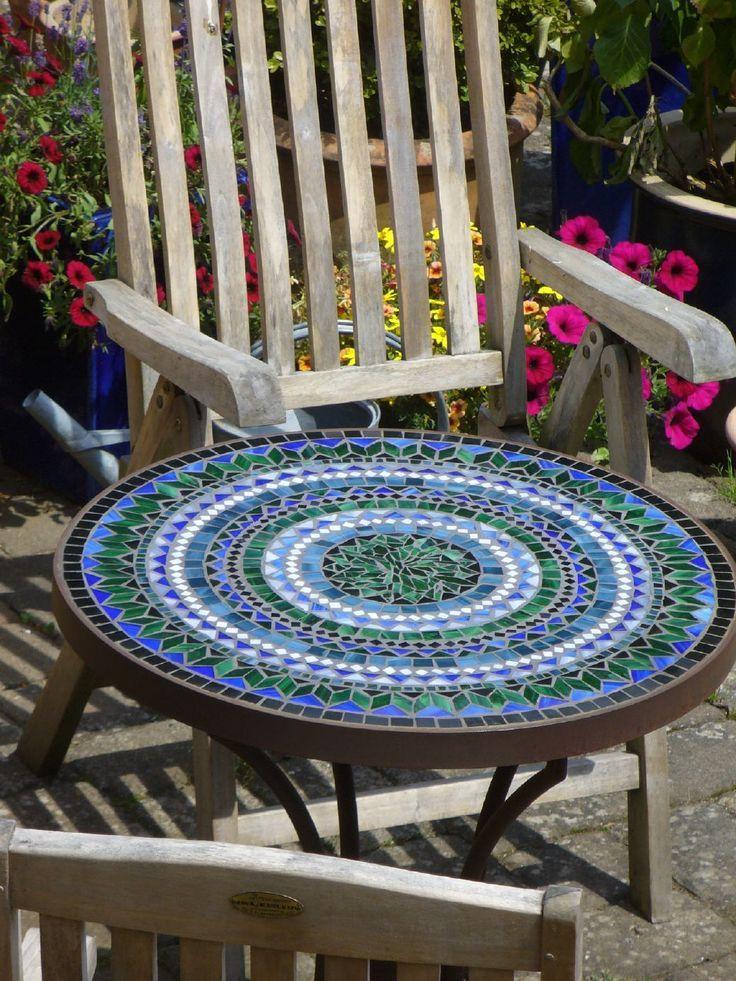 Runder Tisch Durchmesser Ca 70 Cm Mosaiktisch Tisch Und Mosaik