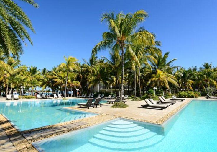 Incentives - MAURITIUS - Sonriso | Travel in Style Niekończące się piaszczyste plaże, wspaniałe afrykańskie słońce, ciepłe wody Oceanu Indyjskiego, kolorowe rafy pełne przeróżnych gatunków morskich stworzeń, wyjątkowo przyjaźni mieszkańcy i przepiękna tropikalna przyroda sprawiają, że Mauritius to idealne miejsce na wypoczynek. zdj: HOTEL THE RAVENALA ATTITUDE