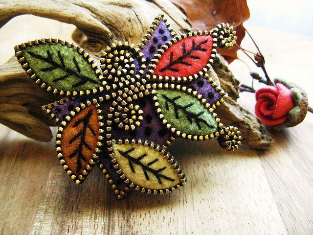 Felt and zipper brooch | Flickr - Photo Sharing!