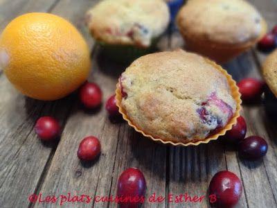 Voici une combinaison gagnante: canneberges et orange pour faire un muffin savoureux! J'aime beaucoup le petit goût acidulé de ce beau p...