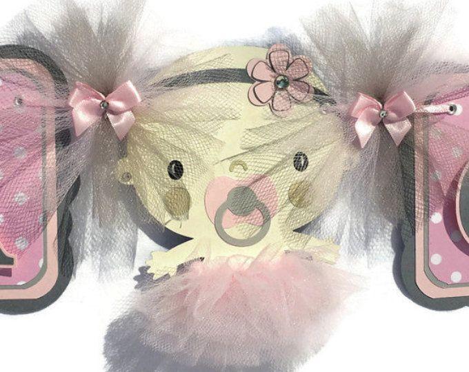 Bannière de tutu, tutu baby shower, bannière de douche de bébé, c'est une fille, bannière, rose et grise, décorations de tutu, shower de bébé ballerine, signe de la table