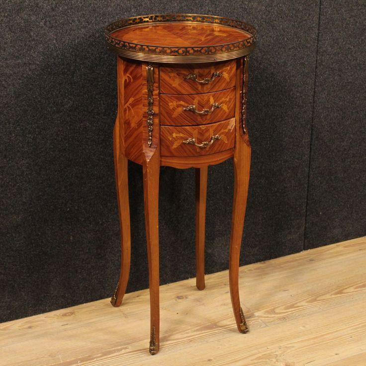 490€ French inlaid nightstand. Visit our website www.parino.it #antiques #antiquariato #furniture #golden #antiquities #antiquario #comodino #inlay #inlaid #tavolino #nightstand #table #night #decorative #interiordesign #homedecoration #antiqueshop #antiquestore