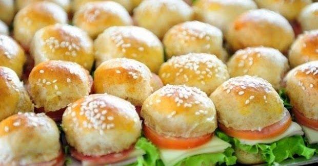 A vida anda corrida demais e não tem como perder tempo na cozinha, não é mesmo!? Então separamos uma receita super fácil de Mini sanduíche ...