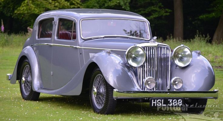 1947 Jaguar Mark IV 3.5 Litre Saloon (would love this in black...tis beautiful)