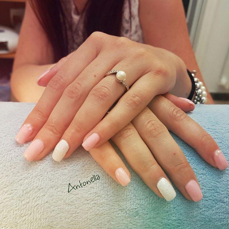 Nails rosa e bianco