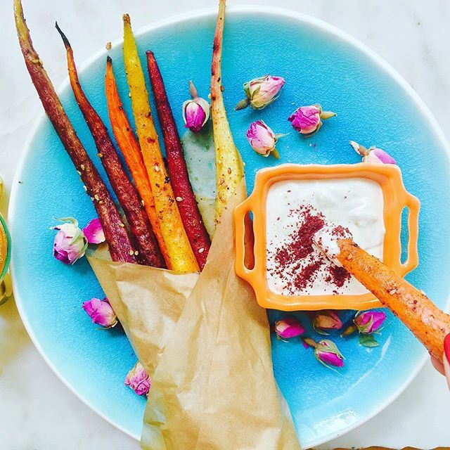 Oh my freaking gosh these carrot fries look amazing  #regram via @vibrantandpure  #thecleancollective