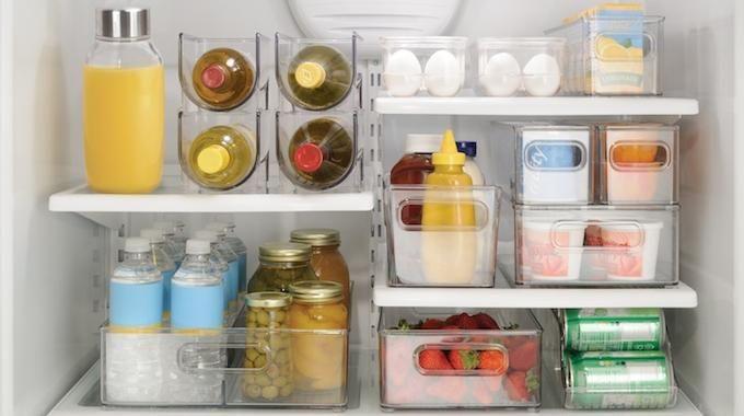 Vous rêvez de pouvoir garder un frigo propre et bien organisé ? C'est vrai que personne n'aime passer du temps à nettoyer son réfrigérateur. Et pourtant à chaque fois qu'on l'o