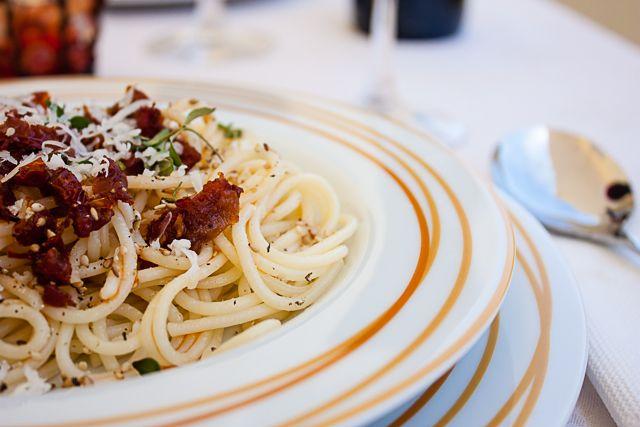 Esparguete com tomate seco e parmesão...