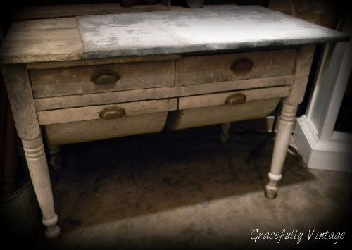 Antique Chippy Bakers Table, with Zinc Top Gracefully-Vintage. - 31 Best Hoosier Cabinet Images On Pinterest Kitchen Cabinets