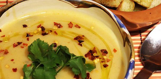 Supa de linte turceasca. Supa crema vegetariana.