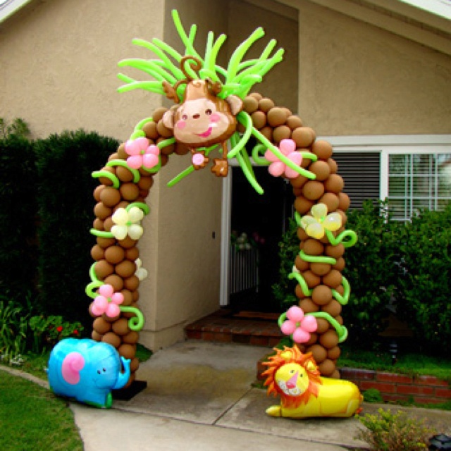 68 best images about baby shower on pinterest themed for Balloon decoration course