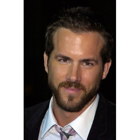 Ryan Reynolds At Arrivals For Just Friends Premiere Canvas Art - (16 x 20)