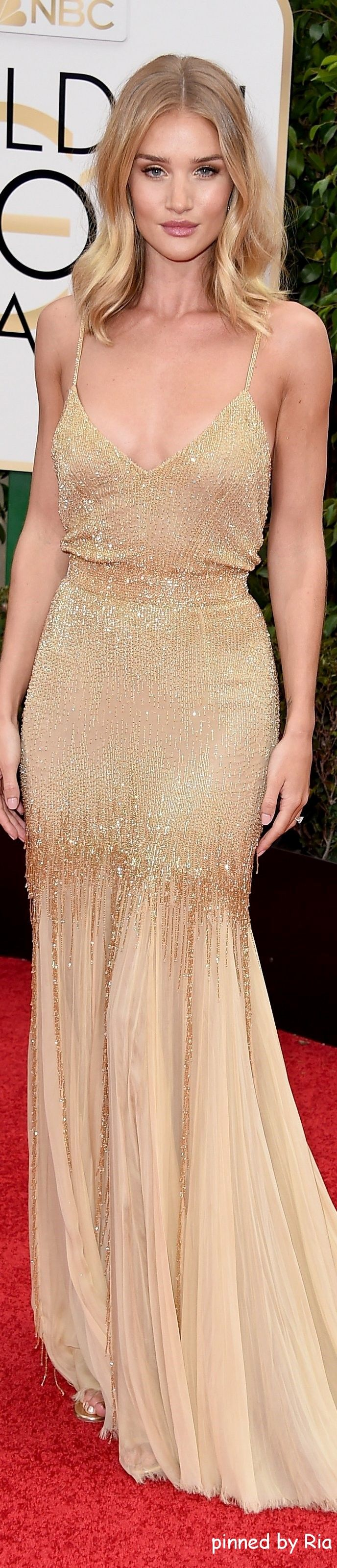 Rosie Huntington Whiteley in Atelier Versace l Golden Globe Awards 2016 l Ria