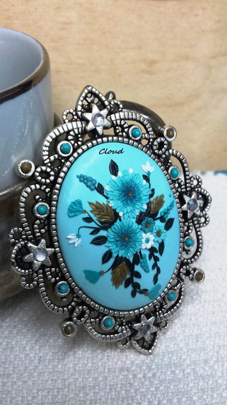 Ciondolo turchese vintage pasta polimerica di Cloud Jewelry Claudia Nicolazzo Prezioso regalo, unico e irripetibile. Ciondolo floreale fimo di ClaudiaNicolazzo su Etsy