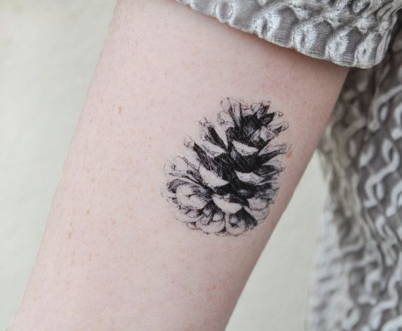 Pine Cone tatouage temporaire, tatouage temporaire, noir et blanc, Art de cône de pin, Nature Art, Illustration de cône de pin