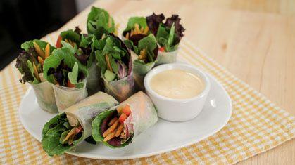 Salad Rolls w/ Spicy Garlicky Creamy Dip
