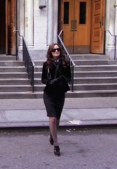 Blair Waldorf 1x08 Skirt: Nanette Lapore Shoes: Nine West