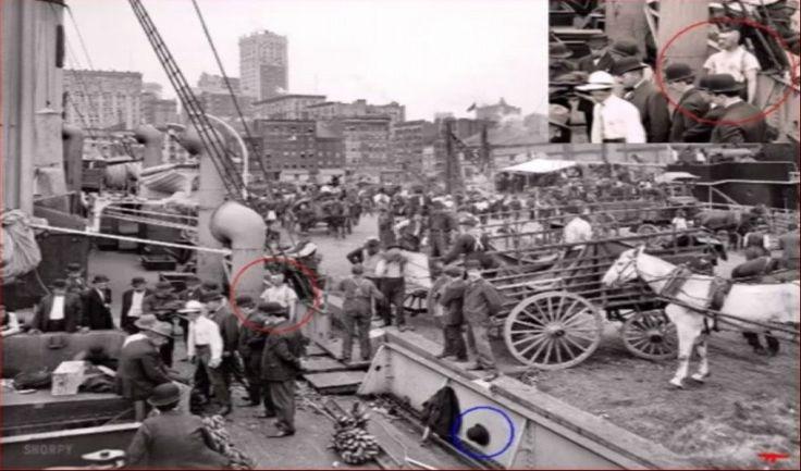 ΝΕΕΣ αποδείξεις! Ταξιδιώτες του ΧΡΟΝΟΥ! Γυναίκα μιλάει στο κινητό(!!) το 1928 και πανκ σε φωτογραφία του 1905! (ΦΩΤΟ&ΒΙΝΤΕΟ)