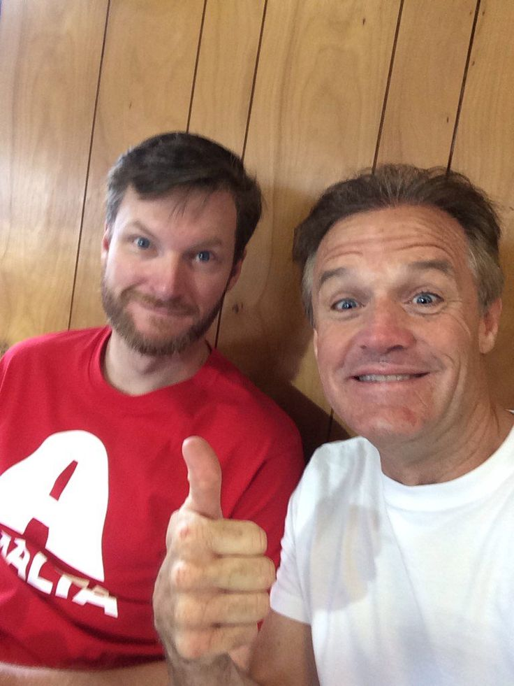 Dale Jr. with Kenny Wallace, Michigan 2016