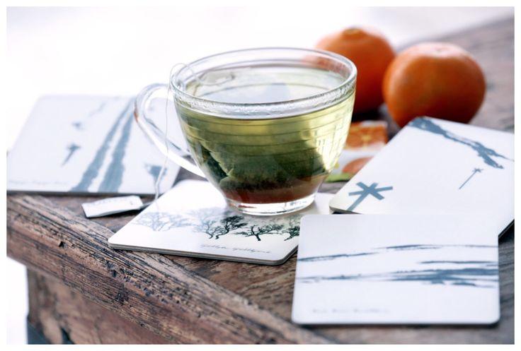 Frusna apelsinturister kan spilla te och chilla me' nya coasters i fjällturs-manér. 4 små nyheter i ett paket 2015.