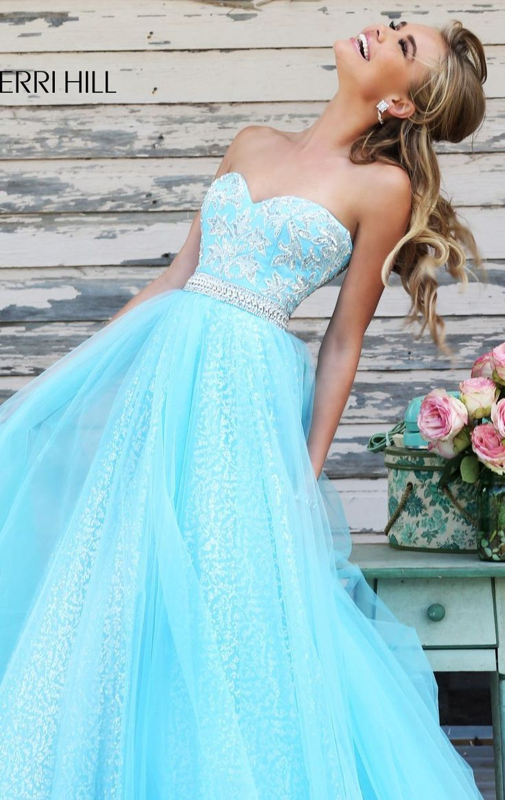 Bring out the beauty in you in Sherri Hill 11186. This ethereal creation features a strapless and sweetheart neckline. An exquisite bead embellishments decorate the bodice that is perfectly accented by a band at natural waist. The skirt is long and dramatically sways to your every move.